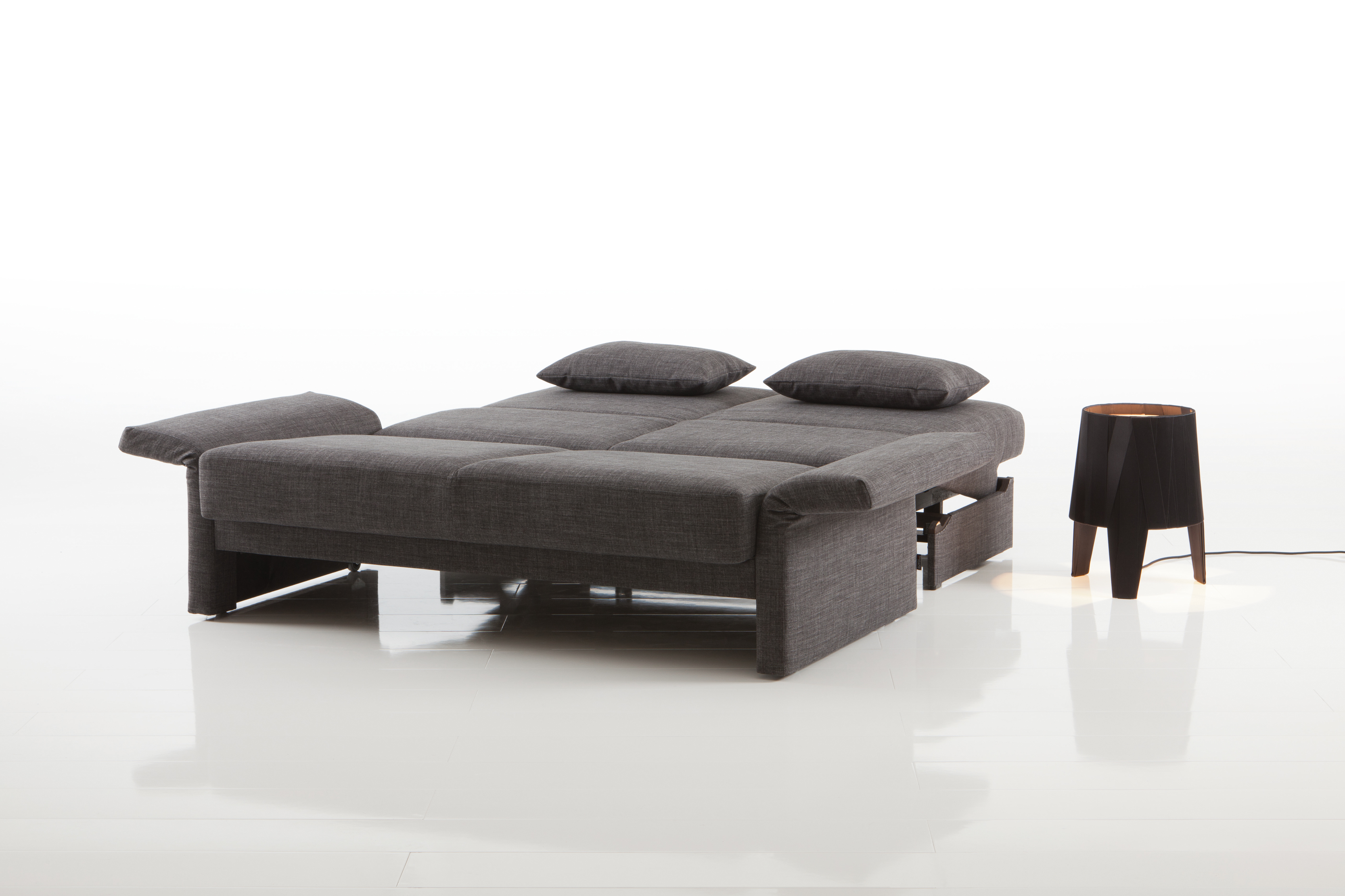 schlafsofa cara von br hl sippold. Black Bedroom Furniture Sets. Home Design Ideas